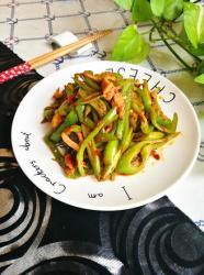 四季豆青椒炒肉丝