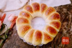淡奶油豆沙面包