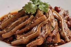 【红油猪耳】猪头两块精华肉,香脆又爽口!