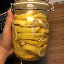 蜂蜜腌制柠檬喝不完怎么办