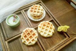 豆沙肉松华夫饼#安佳黑科技易涂抹软黄油#
