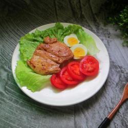 减肥餐——黑椒鸡胸肉色拉