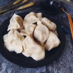 东北酸菜猪肉水饺