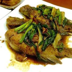 姜葱焖太阳鱼