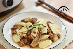 「回家菜谱」——姬松茸淮山煲