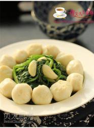 菠菜烩鱼丸
