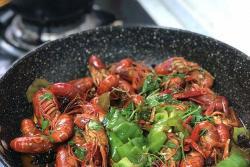 青椒爆辣小龙虾