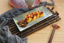 中式烧汁时蔬土豆饼,土豆的华丽变身