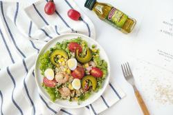 减脂餐—藜麦虾仁沙拉