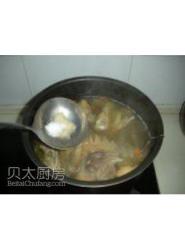 小植菜谱丨在家也可以吃国宴——松茸炖鸡
