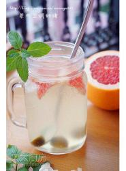 蜂蜜西柚柠檬苏打水
