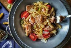 独家香煎三文鱼意面沙拉#安佳黑科技易涂抹软黄油#