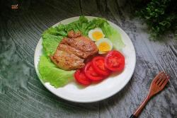 减肥餐——黑椒鸡胸肉色拉#初夏搜食#